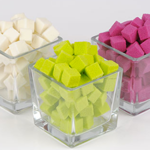 mini-cube-mousse-coloree