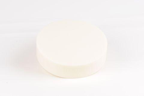 tarte en mousse colorée ivoire