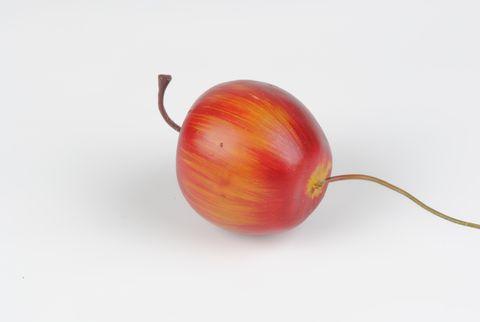 pomme rouge artificielle