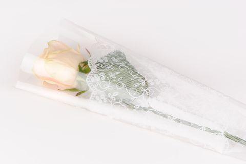 etui a rose dentelle
